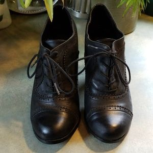 REPORT WING TIP OXFORDS.ALWAYS COOL&CLASSIC!